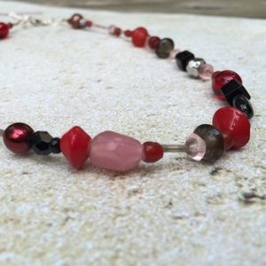 Jewelry - Glassed Beaded Red and Black Necklace